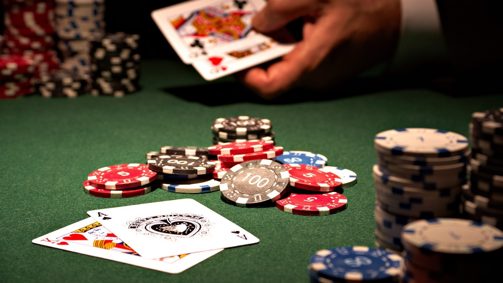 Six Surefire Ways Poker Tips Will Drive What You Are Promoting Into The Ground
